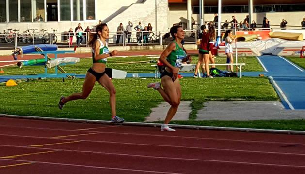 A partir de la última curva, Maitane empezó a superar a Irene Sánchez-Escribano, en busca del récord.