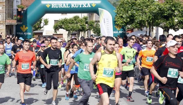 Imágenes de la Carrera solidaria de Ziordia