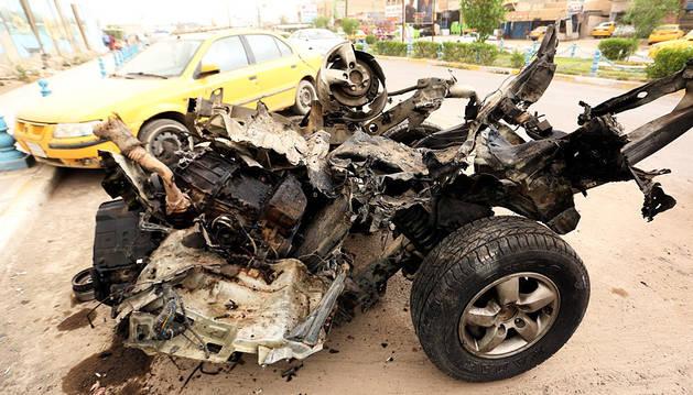 Más de 30 muertos y 50 heridos en dos atentados suicidas en Bagdad y Basora