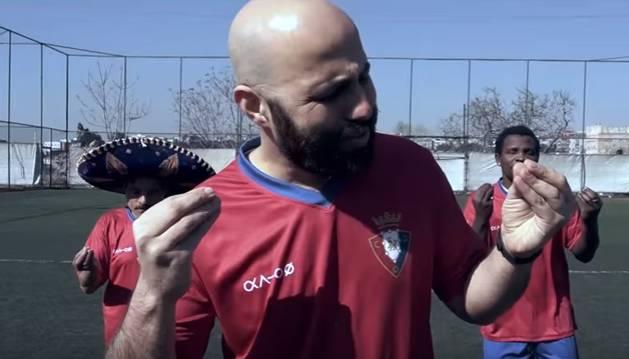 Imagen del vídeo de la canción 'Osasuna'.