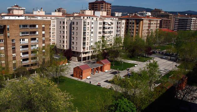 Vista de la plaza Félix Huarte en Iturrama.