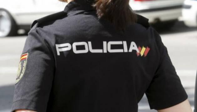 El sospechoso ha sido acusado de cometer tres robos en domicilios ubicados en la ciudad de Alicante.