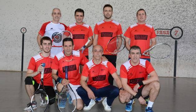 Parejas semifinalistas en frontenis. Los ganadores, arriba a la izquierda, Rubén Azpilicueta y César García.