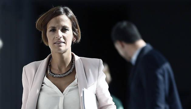 La secretaria general del PSN, María Chivite, al término de la reunión semanal de la Mesa y Junta de Portavoces del Parlamento.