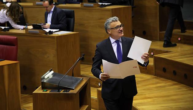 El Defensor ve preciso justificar  el paso de un municipio a la zona no vascófona