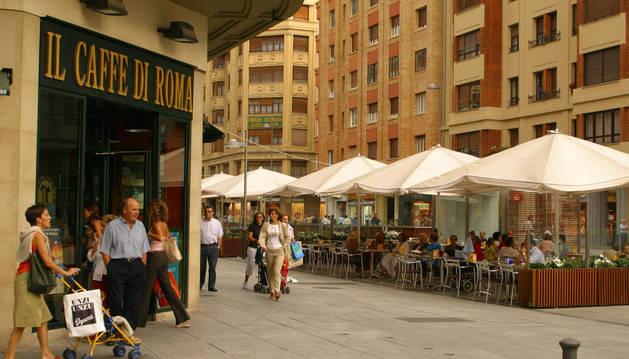 Foto del 'Café di Roma', en la avenida Carlos III de Pamplona.