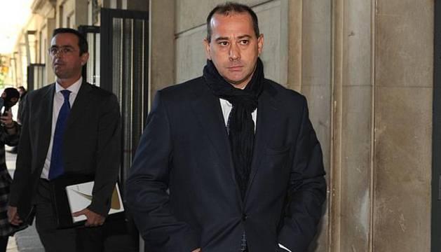 Procesan al exfutbolista de Osasuna Pizo Gómez en los ERE de Andalucía