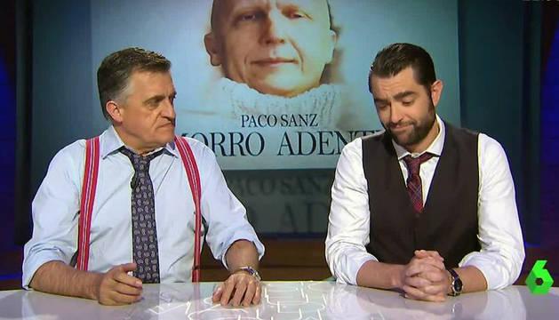 José Miguel Monzón, conocido como 'El Gran Wyoming', y Daniel Mateo, en un programa de 'El Intermedio'.