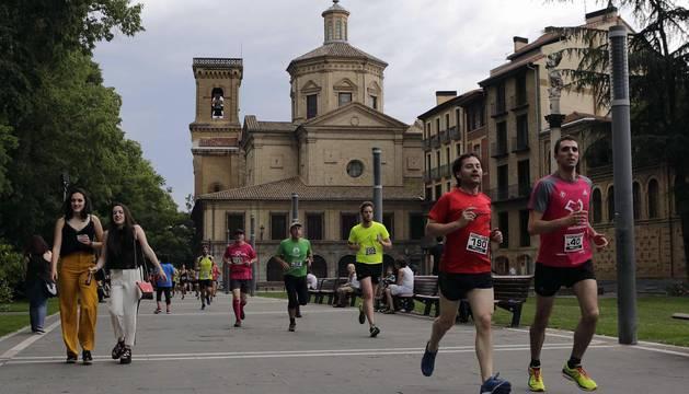Imágenes de la 'I Tres Burgos, Tres Millas'