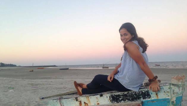 Una estampa de Teresa Gordejuela Arrieta, de 22 años, en una playa de la Costa do Sol, en Maputo.