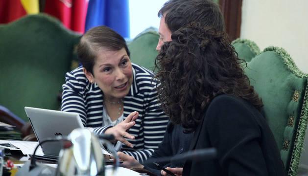 Imagen de Uxue Barkos, en un pleno del Ayuntamiento de Pamplona, en su última legislatura.
