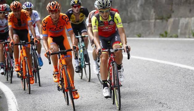 Julen Amézqueta, en una escapada durante el Giro 2017.
