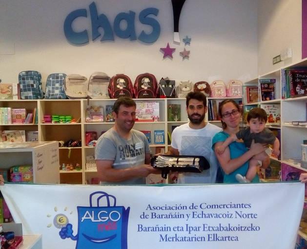 La Asociación de Comerciantes de Barañáin y Echavacoiz Norte premia a sus clientes
