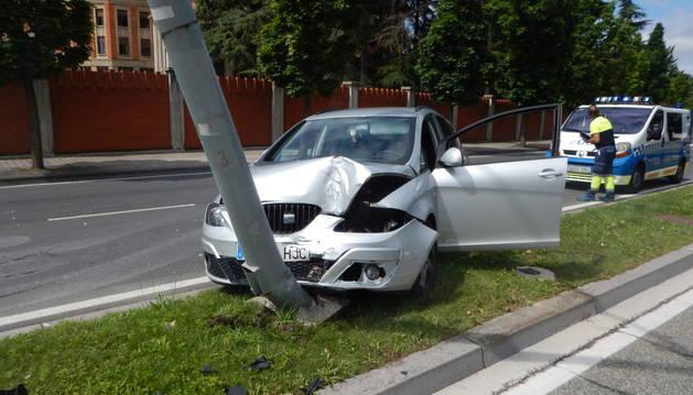 Imagen del estado en el que quedó el vehículo de la conductora.