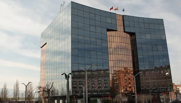 foto de Edificios Inteligentes de Pamplona, parque Tomás Caballero