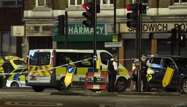 Otras treinta personas han resultado heridas en dos ataques, perpetrados en el puente de Londres y el mercado de Borough