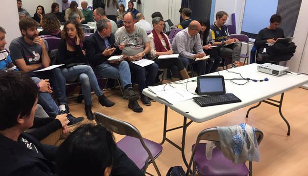 Foto de un momento del Consejo Ciudadano Navarro de Podemos celebrado este domingo.