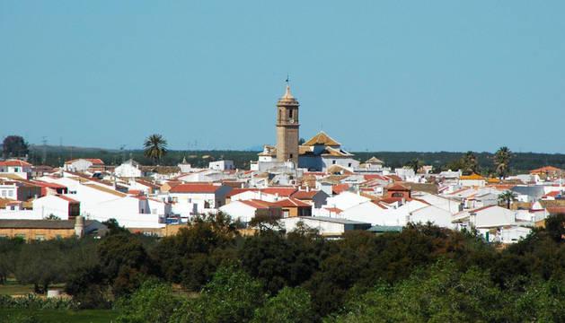 Hallan a tres niños encerrados en una vivienda ocupada en Sevilla