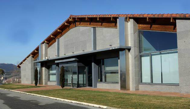 Imagen de archivo de las oficinas donde tuvo la sede Construcciones Flores, en la entrada de Gorraiz.