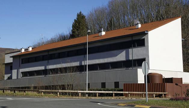 Los 'okupas' de Lekaroz continúan en un edificio destinado a Aspace