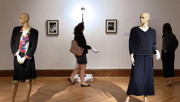 Chanel destila arte en una exposición con fragancia de Belle Époque