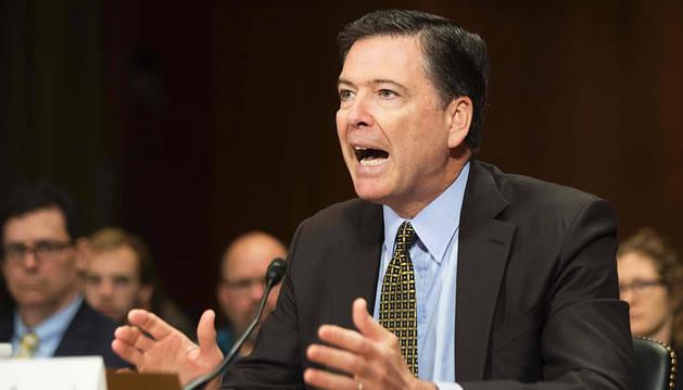 El exdirector del FBI asegura que Trump le pidió que no investigara a Flynn