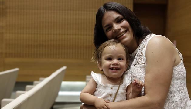 Odile Fernández y su hija Éire, en Civican