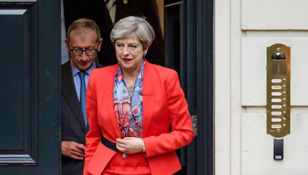 Los conservadores de Theresa May pierden la mayoría absoluta en Reino Unido