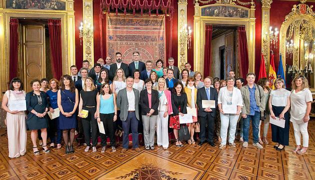 Imagen de grupo de los asistentes a la recepción.