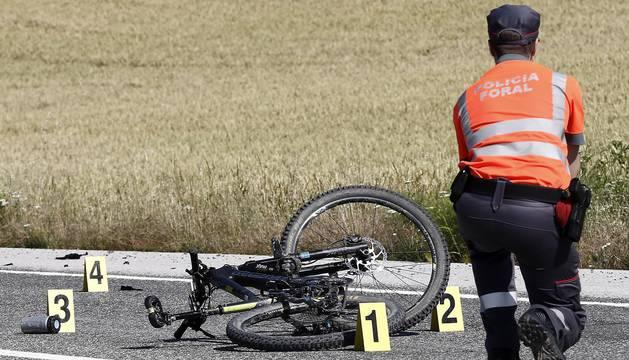 Muere un ciclista atropellado en Erice
