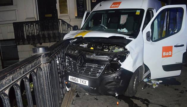 Scotland Yard detiene a un joven por su presunta implicación en los atentados