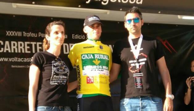 Álvaro Cuadros, en el podio.
