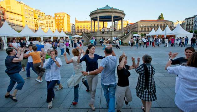 La Plaza del Castillo volverá a acoger un año más sesiones los martes y los jueves.