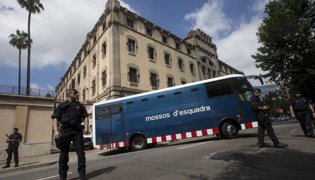 Varios mossos d'Esquadra en Barcelona.
