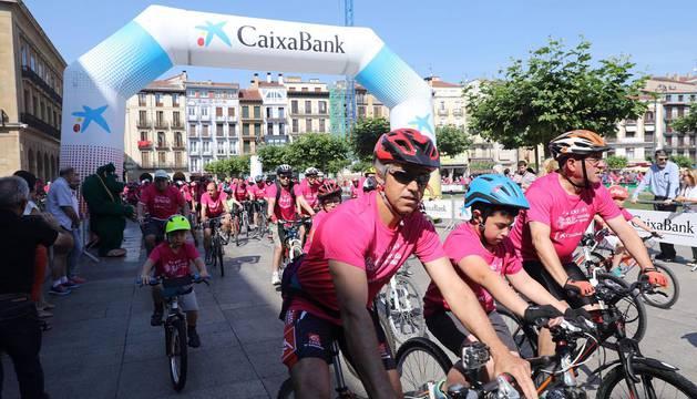 Imagen de los participantes en el Día de la Bicicleta.