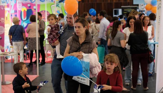 Foto de algunos de los asistentes a 'Expofamily', la feria de familia que se celebró en Baluarte en mayo.