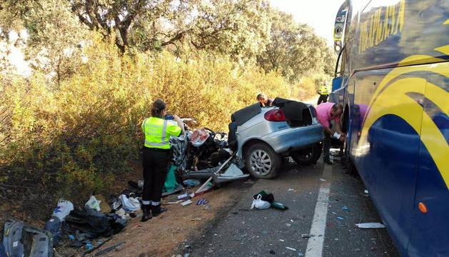 Accidente de tráfico en Saceruela (Ciudad Real) entre un autobús con menores en edad escolar.