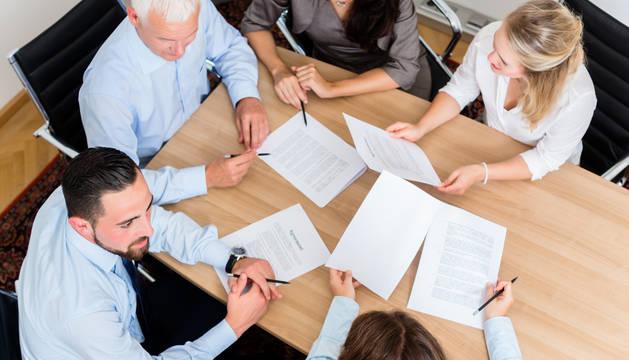 mesa de reuniones ofertas de empleo