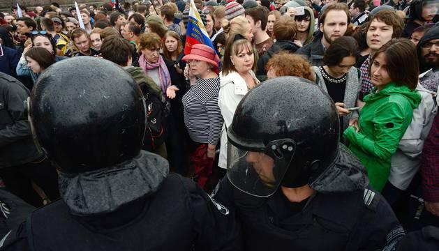 Cientos de manifestantes en Moscú y San Petersburgo
