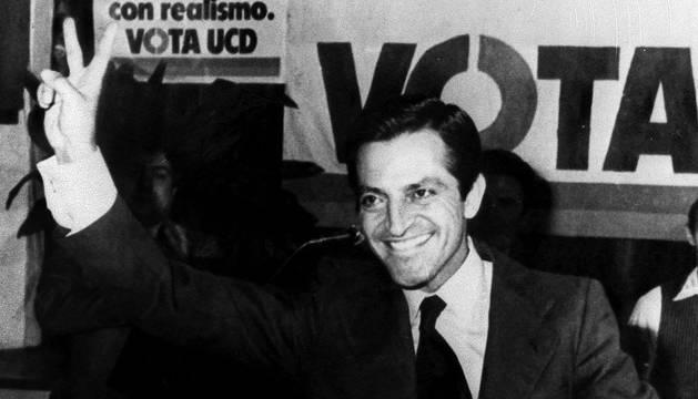 Adolfo Suárez, tras ganar las elecciones de 1977.