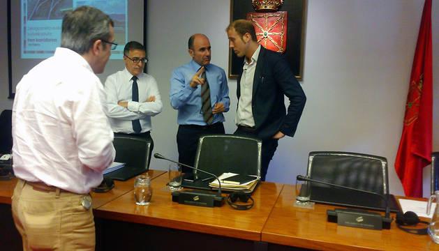 Ayerdi pide más implicación de Navarra en el proyecto del corredor ferroviario