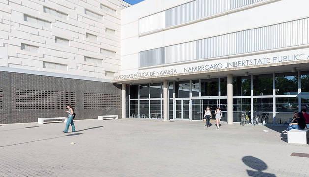 Exterior del campus de la UPNA en Tudela.