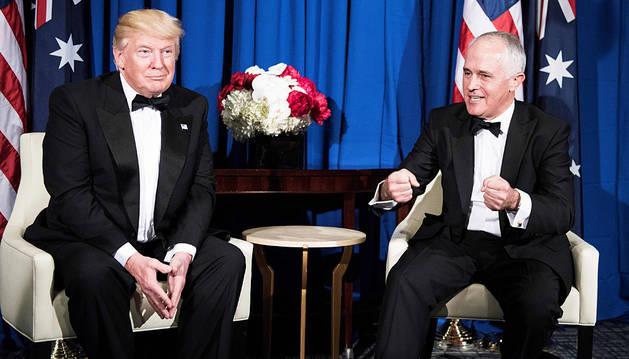 El presidente norteamericano Donald Trump (izda.) junto al australiano Malcolm Turnbull.