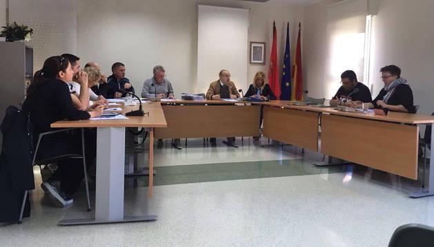 Imagen de archivo dl pleno del Ayuntamiento de Orkoien.