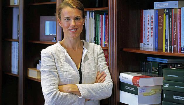 Cristina Larumbe Ferreres, abogada especializada en temas laborales y de Seguridad Social.