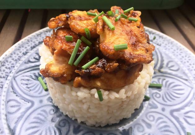 Pollo al estilo japonés.