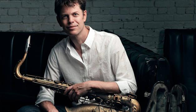 El saxofonista Donny McCaslin, conocido por su colaboración con David Bowie, tocará en el Victoria Eugenia.