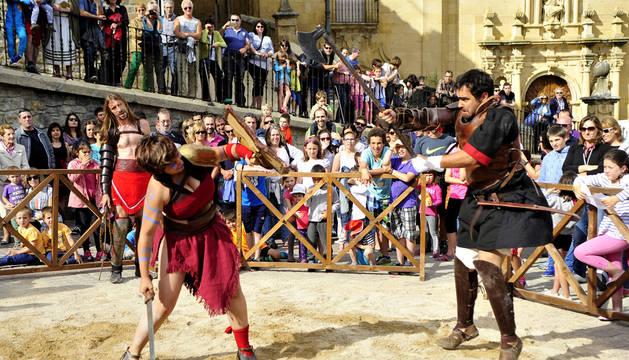Los gladiadores romanos volverán a la plaza de Mendigorría el domingo por la mañana.