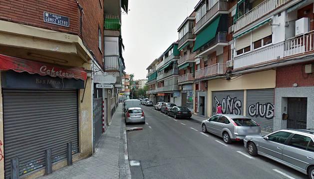 Detenido por intentar apuñalar a su peluquero porque le cobró 9 euros