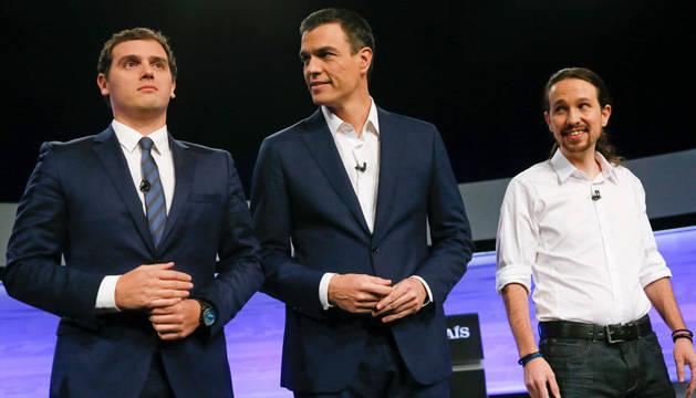 Foto de Albert Rivera, Pedro Sánchez y Pablo Iglesias.